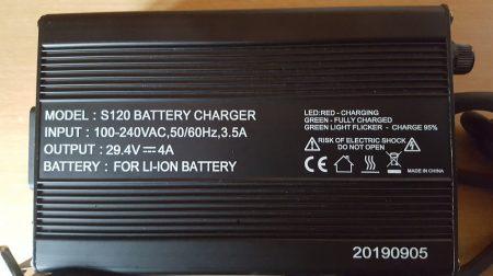 24V/4A Li-Ion nagy teljesítményű, gyors töltő