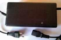 48V 2A ólom akkumulátor töltő, 3 pólusú